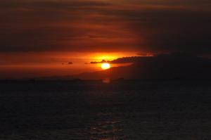 sun-1037501_1280